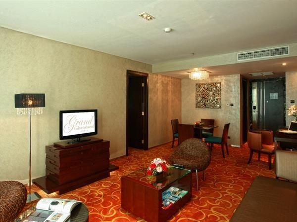 Grand Swiss-Belhotel Medan - KAMAR SUITE