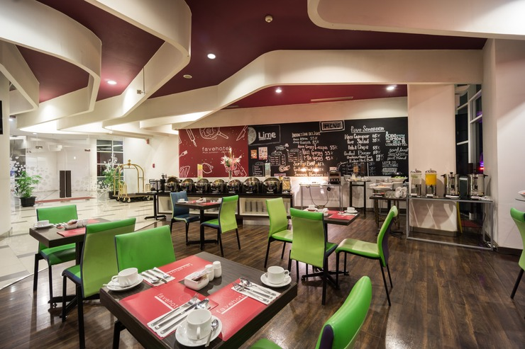favehotel Pluit Junction Jakarta - Lime Cafe