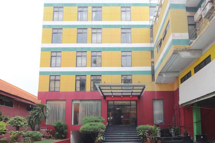 Airy Menteng Jaksa 7 Jakarta Jakarta - Hotel Front