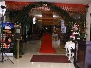 Balairung Hotel Jakarta - Pintu Masuk