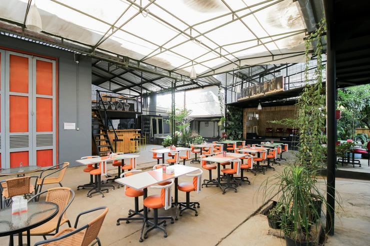 Airy Riung Bandung Cipamokolan - Restaurant
