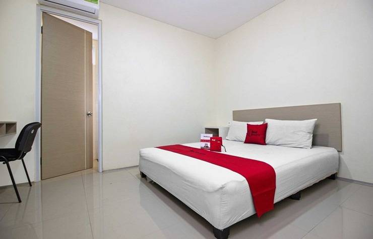 RedDoorz near Maranatha University 3 Jalan Dangdeur Indah - Room