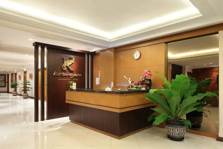 Kertanegara Premium Guest House Malang - Resepsionis
