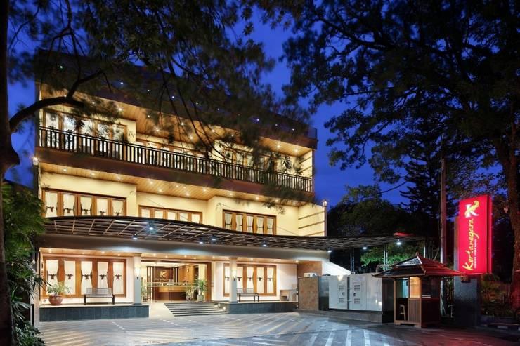Kertanegara Premium Guest House Malang - Tampilan Luar