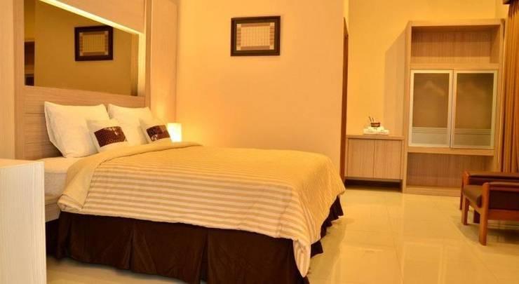 Kertanegara Premium Guest House Malang - Rooms