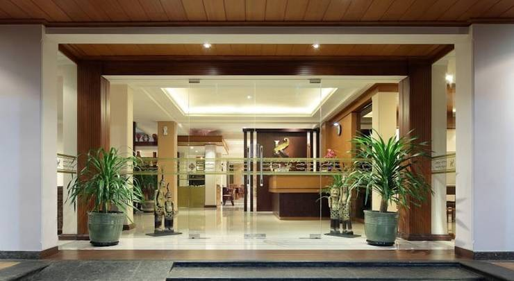 Kertanegara Premium Guest House Malang - Entrance