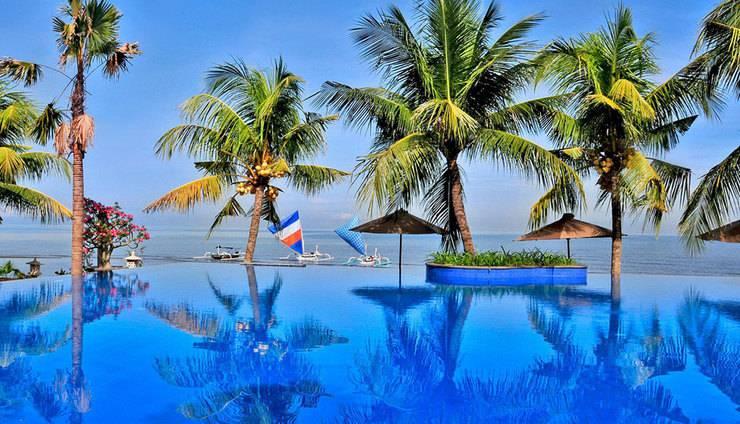Padmasari Resort Lovina Bali - Kolam Renang