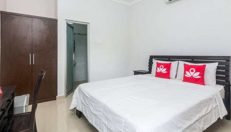 ZenRooms Seminyak Gang Rahayu - Tempat tidur double