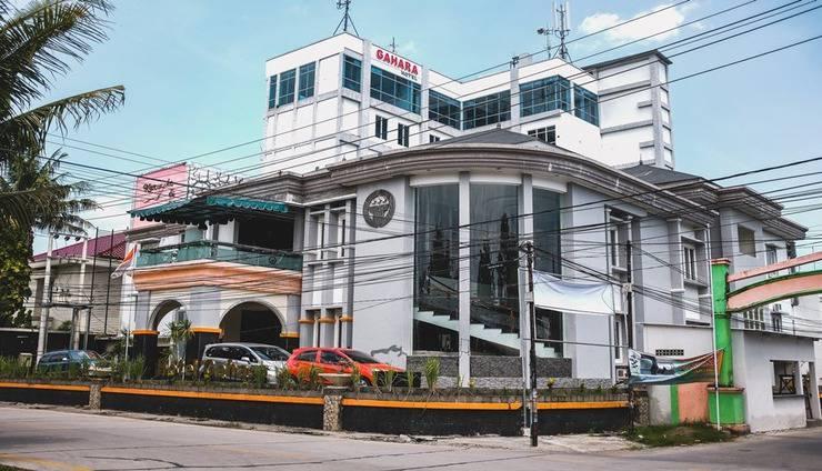 Gahara Hotel Makassar - Faced