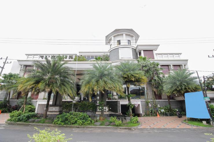 Airy Alun Alun Malang Aries Munandar 41 - Hotel Building