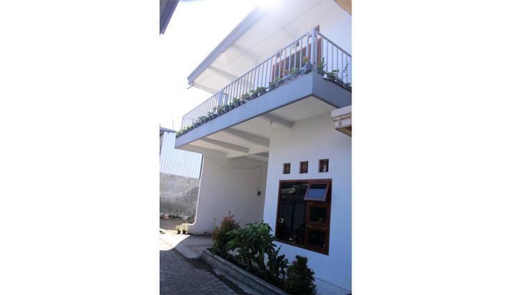Villa Camar Malang - Exterior