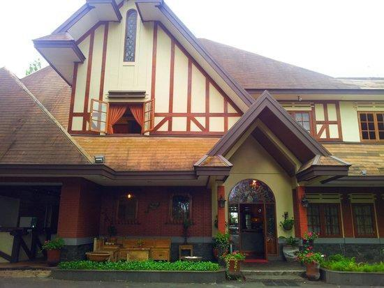 Sandalwood Boutique Hotel Bandung - View