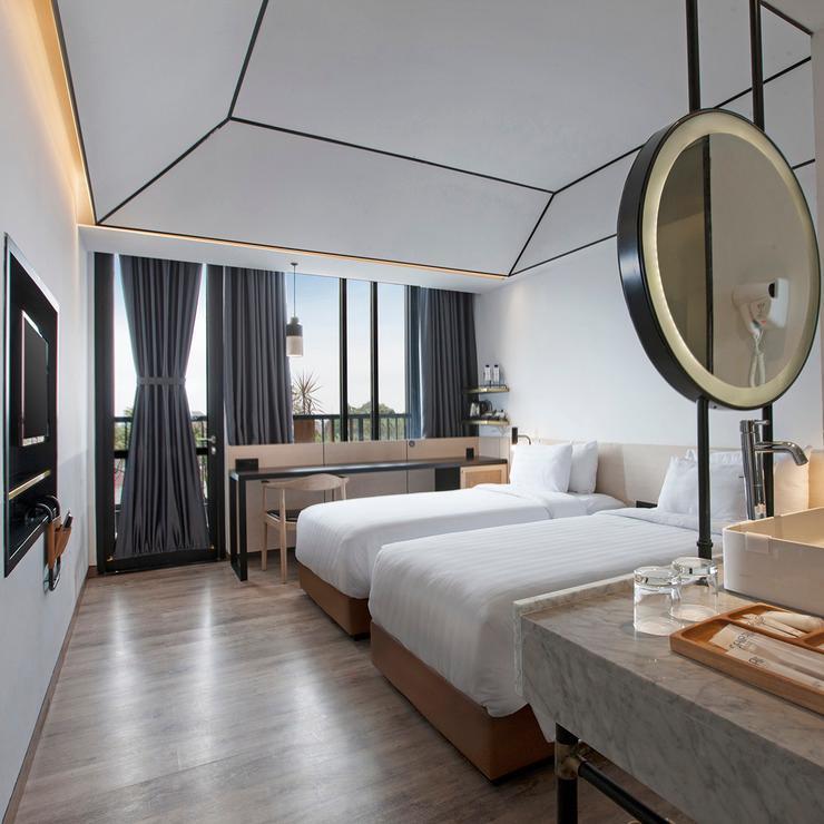 GAIA Cosmo Hotel Jogja - DELUXE BALCONY 2 SINGLE BAD