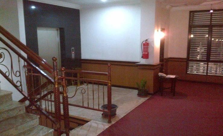 Gold Inn Hotel Sampit - Interior