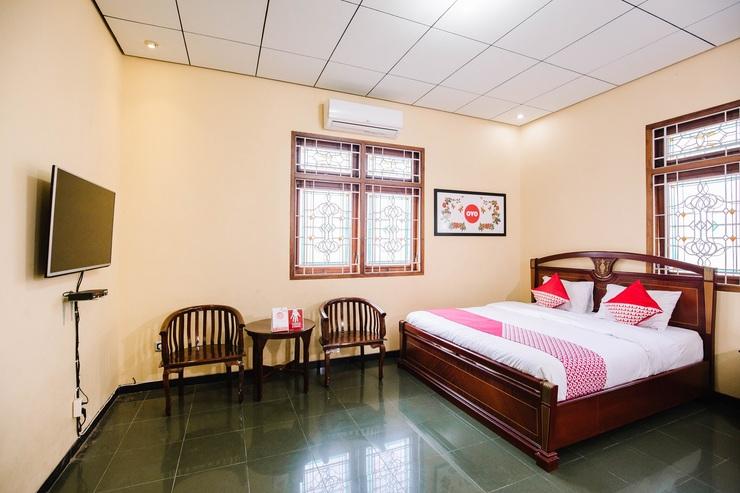 OYO 986 Authentic Osing Homestay Banyuwangi - Bedroom