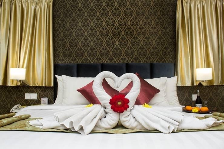 Amarelo Hotel Solo - Honeymoon set (04/Feb/2014)