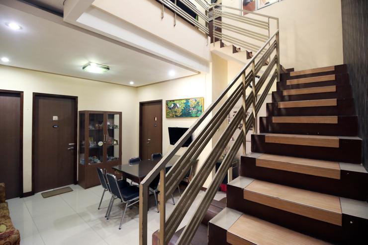 Airy Eco Buahbatu Candrawulan Empat 41 Bandung - Stairs