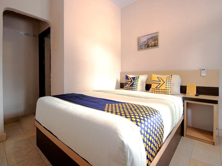 SPOT ON 2647 Anissa Guest House Bengkulu - Guestroom Sp/D