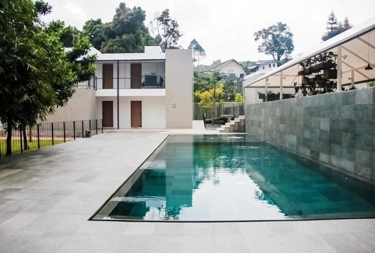 Blackbird Hotel Bandung - Swimming Pool