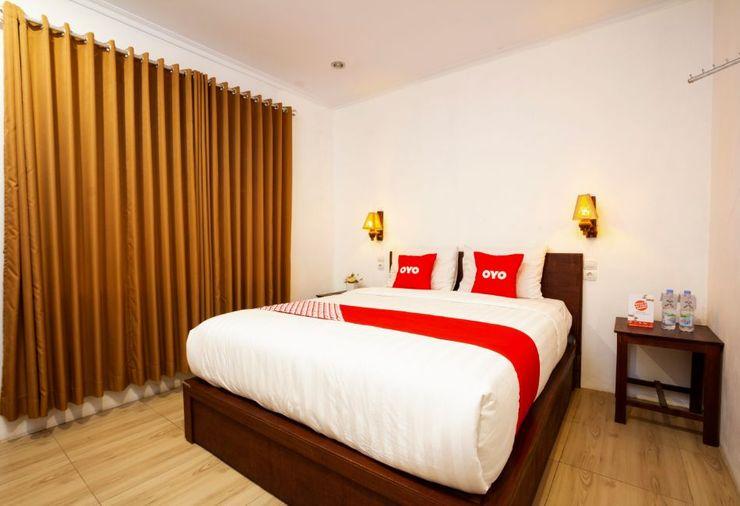 OYO 2068 Abhaya Mudra Homestay Magelang - Guest Room