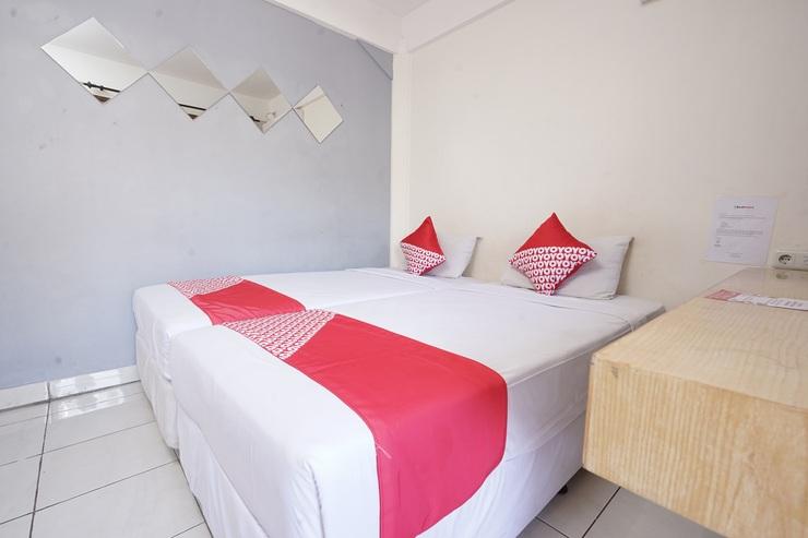 OYO 1699 Verona Residence Bandung - Bedroom
