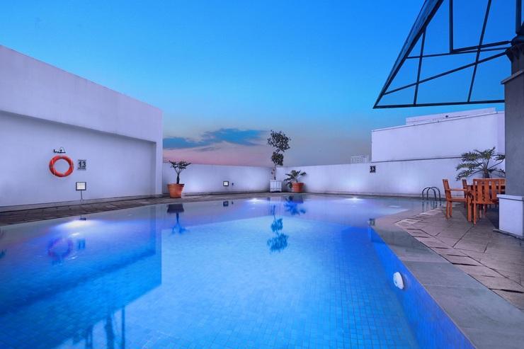 favehotel Bandung - Swimming Pool