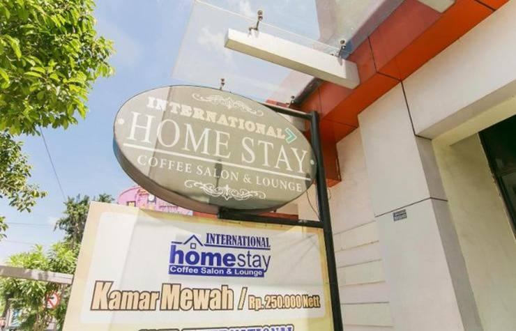 International Homestay Surabaya - Eksterior