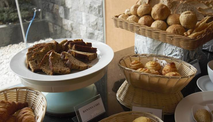 Tara Hotel Yogyakarta - Buffet Breakfast