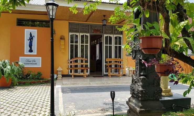 Dewi Sri Guest House Lombok - Terlihat Rumah Depan
