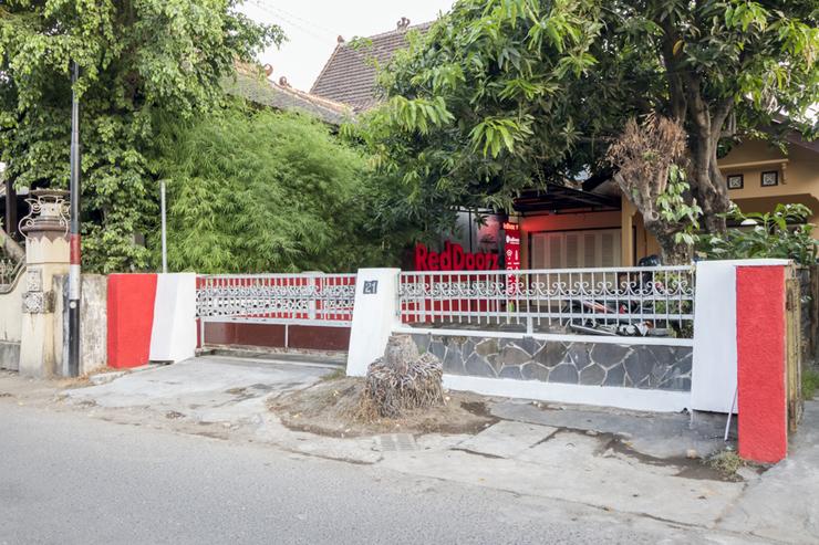 RedDoorz Hostel near Alun Alun Selatan Jogja Yogyakarta - photo