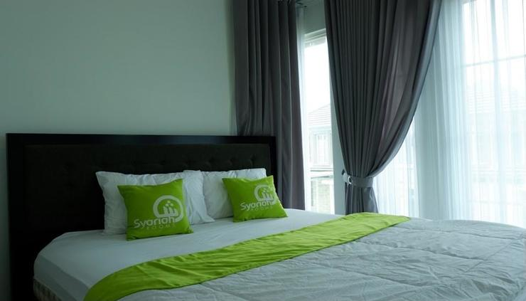 Green Orchid Villa 3 Bedrooms Malang - room