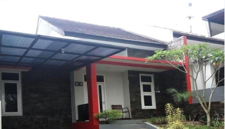 Villa Batoe Residence C9 Malang - Exterior