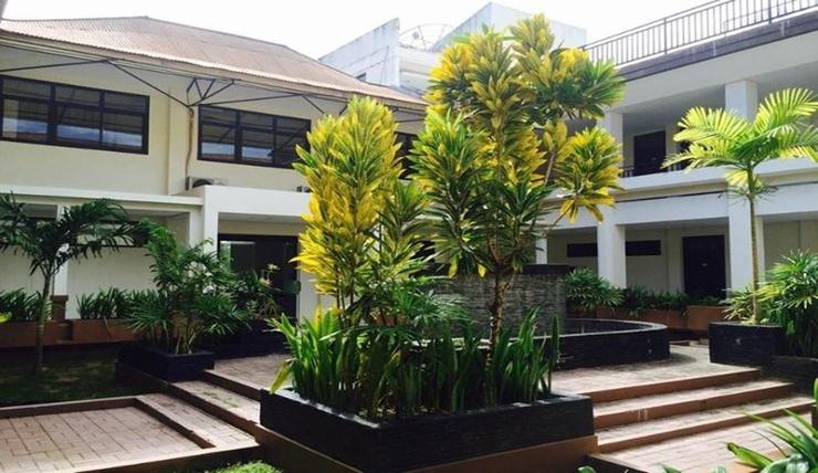 Hotel Agung Biak Biak Numfor - Facade