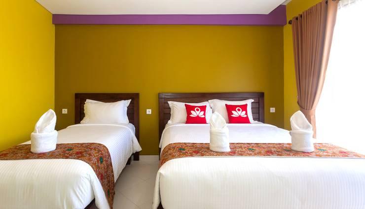 ZenRooms Kuta Puri Demak Bali - Tampak tempat tidur twin