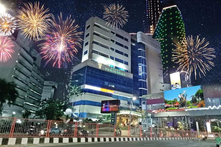 Hotel Tunjungan Surabaya - d