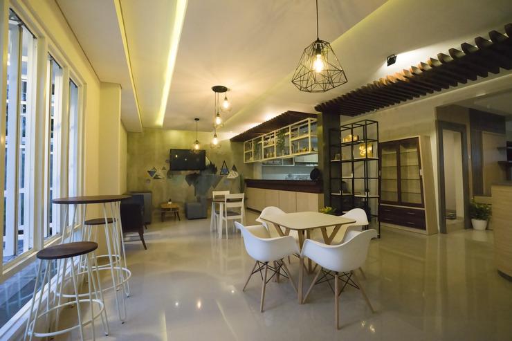 W House Syariah Yogyakarta - Restaurant