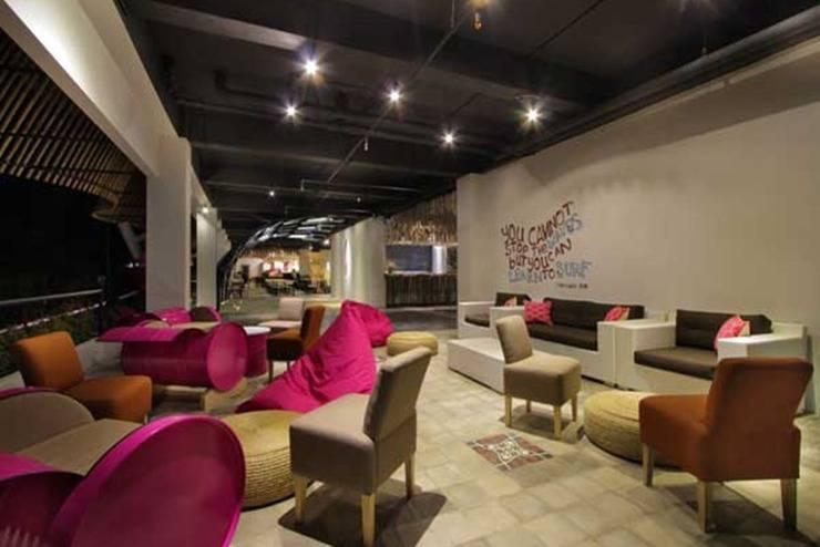 Koa D Surfer Hotel Bali - Cafe