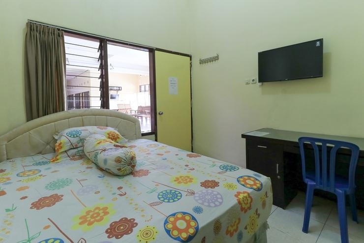 Graha 18 Surabaya - Double Room