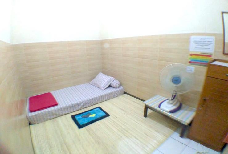 Female Room Only near Dago & Gedung Sate (17 B) Bandung -