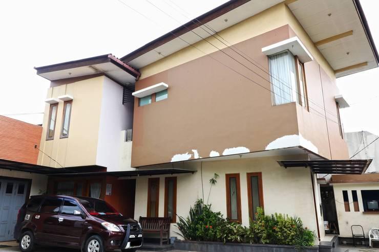 Bedur Homestay Syariah Bekasi - Exterior