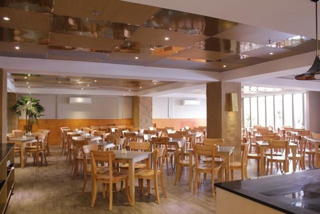 Arnava Ninety 8 Hotel  Bali - Restoran