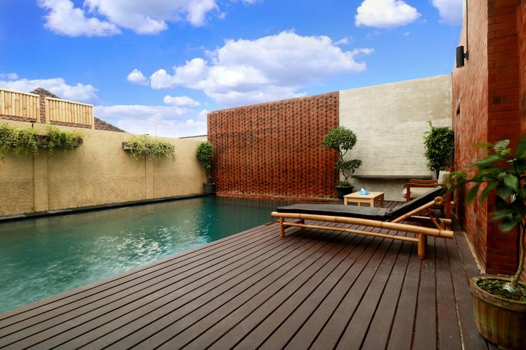 OYO 612 Dante Guesthouse Bali - Pool