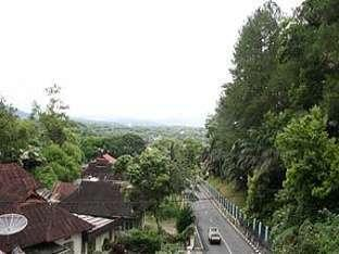 Benteng Hotel Padang - View