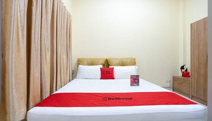 RedDoorz @ Cempaka Putih Jakarta - Room