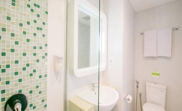 Zest Hotel Legian - Kamar mandi