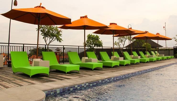 Zest Hotel Legian - Pool