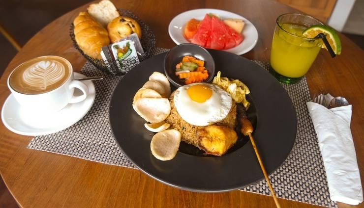 Zest Hotel Legian - Food