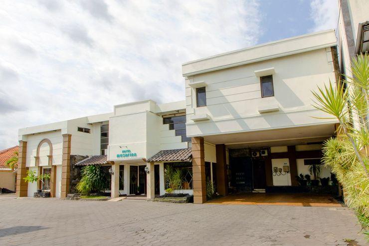OYO 1683 Hotel Musafira Syariah Yogyakarta - Facade
