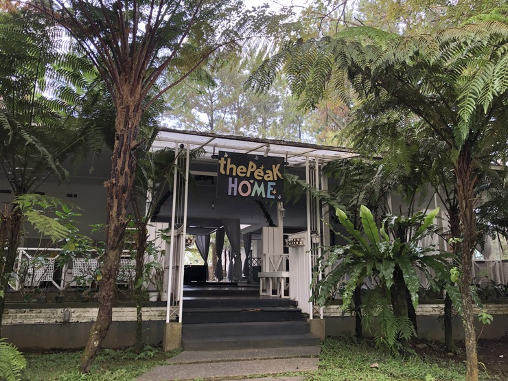 The Peak Home Boutique Hotel Bandung - Area Depan