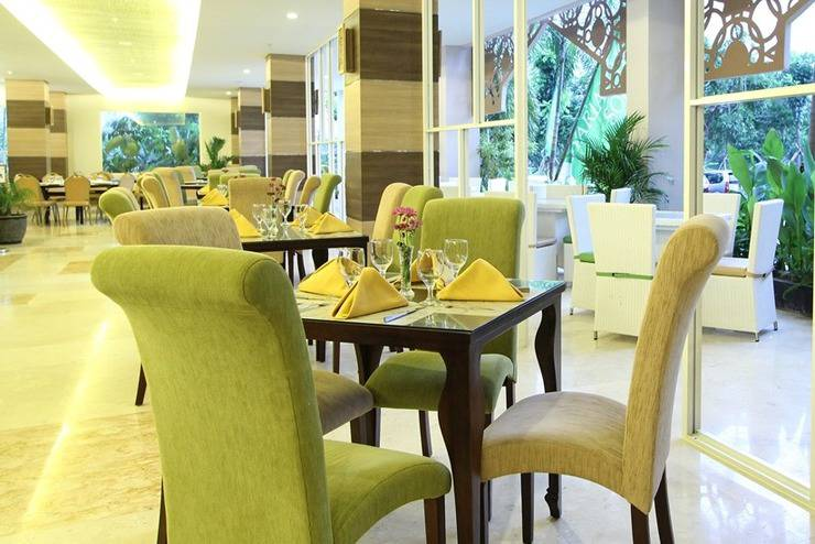 Hotel Syariah Solo - Restoran